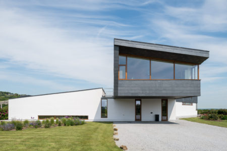 Amazing Coastal Property For Sale The Modern House Home Interior And Landscaping Elinuenasavecom