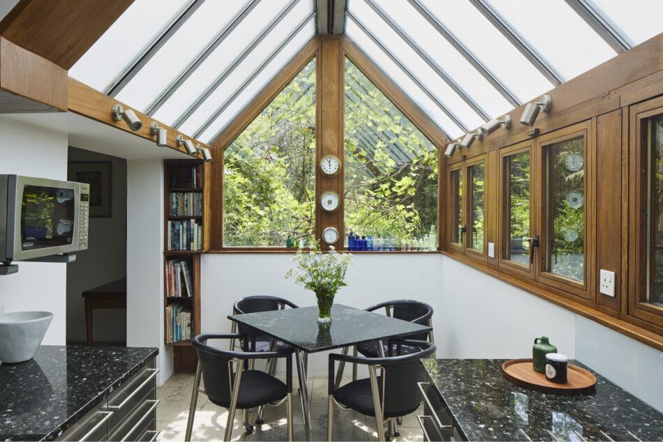 Apex-Lodge-Fitzroy-Park-London-N6-37-950x634.jpg